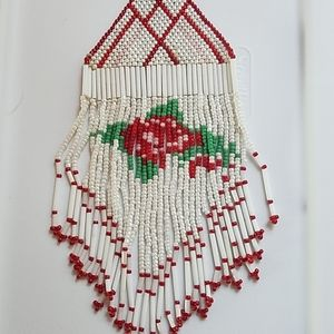 Uniquely beaded Red and white necklace
